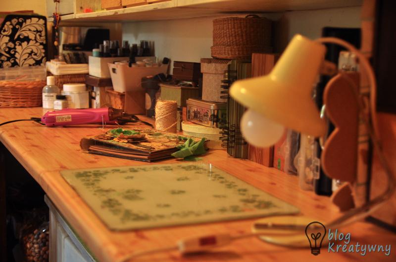 Szklana deska kuchenna do mediowania.
